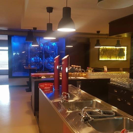 Elektroinstalace a montáž osvětlení restaurace Hangár - Valašské Meziříčí