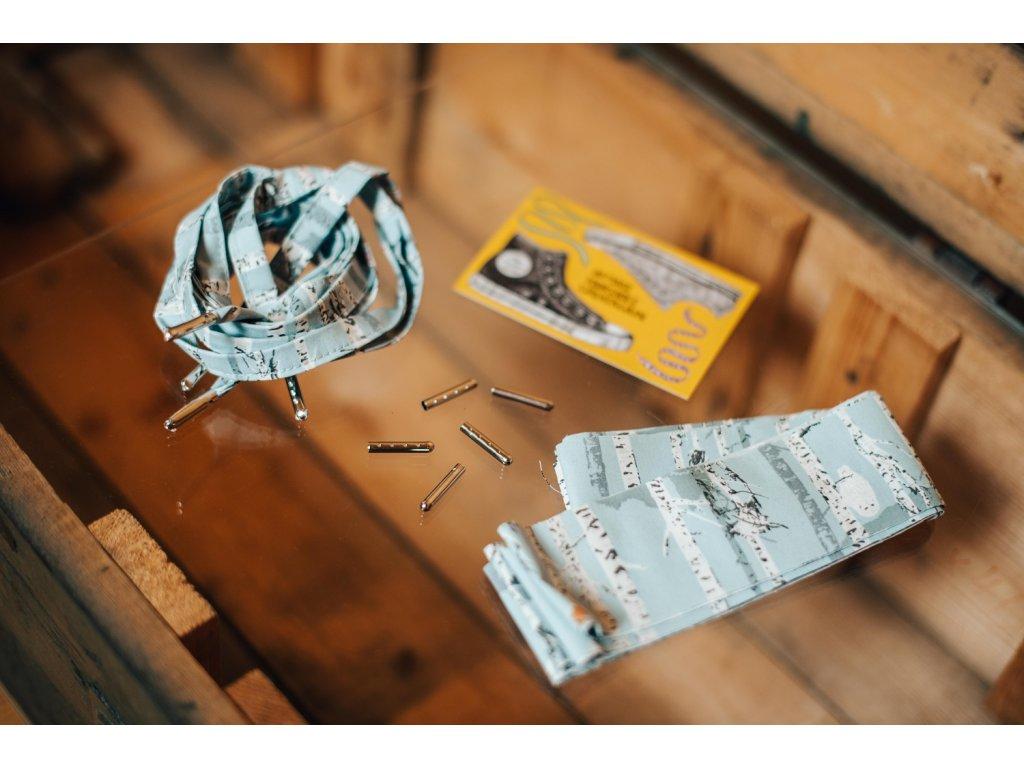 Tkaničky z pytlíku - modré s břízkami
