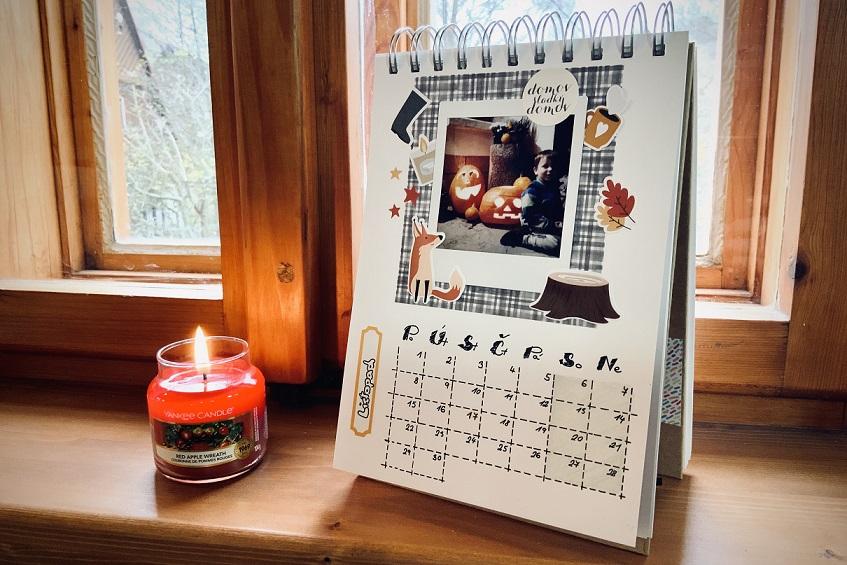 Tvoříme s Instaxem: Stolní kalendář