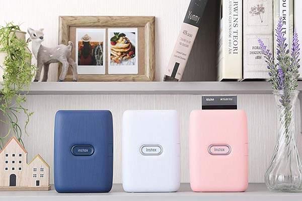 Moderní, stylová a hlavně rychlá ... mobilní tiskárna Instax Mini Link Recenze