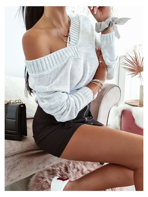 Dámsky basic sveter - sivý