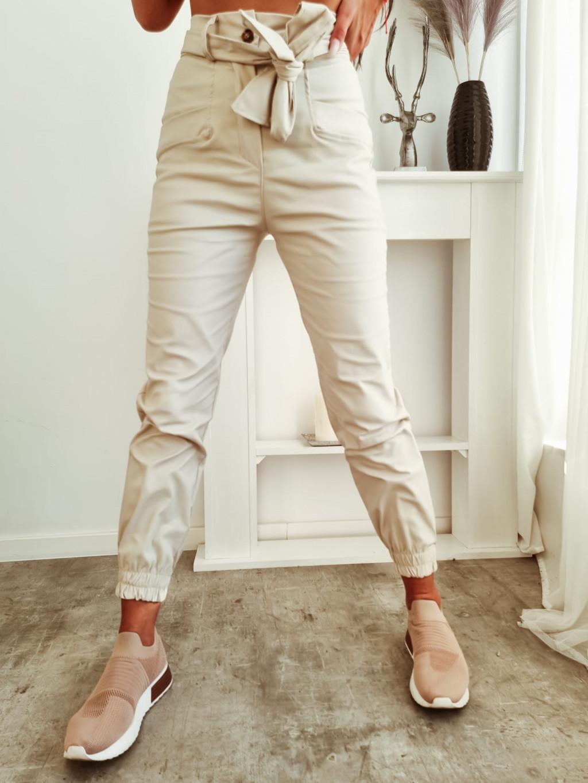 Dámske koženkové nohavice Axel - bežové
