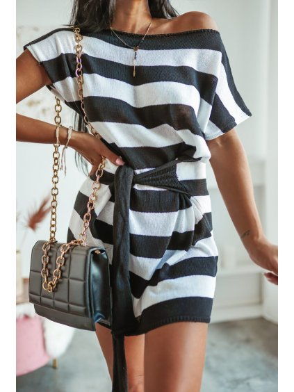 Tunikové šaty s krátkym rukávom Lujza - čierne