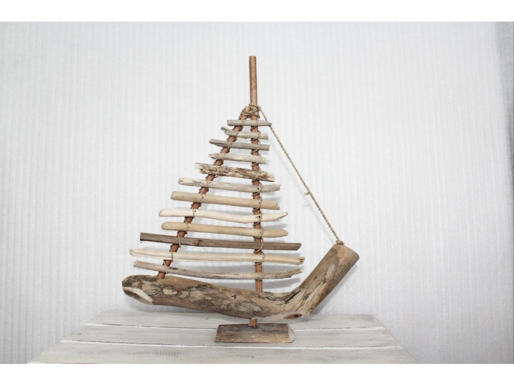 Loďka- plavené dřevo