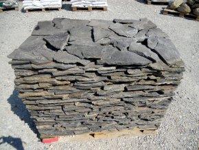 Andezit tmavě šedý obklad 20-40cm, tl. 1-3cm
