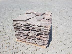 Dlažba Porfyr nepravidelný tvar šedo-červený 1-3cm