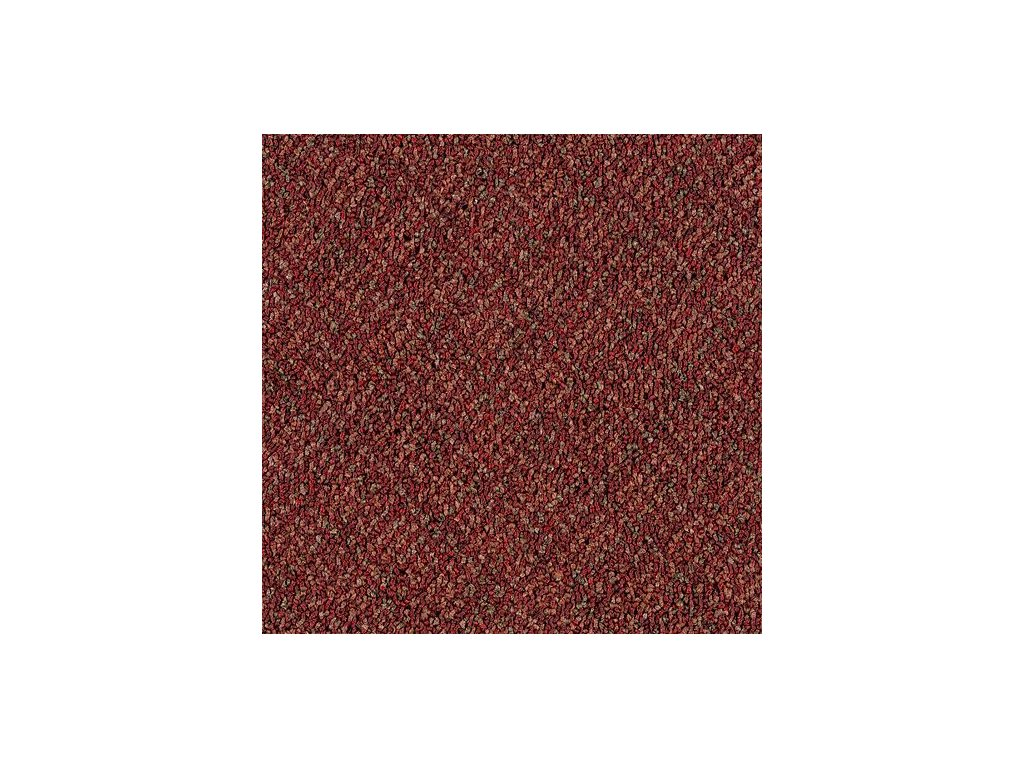 Koberec Checkmate 352 - Ruby (4,75m x 3,66m) poškození