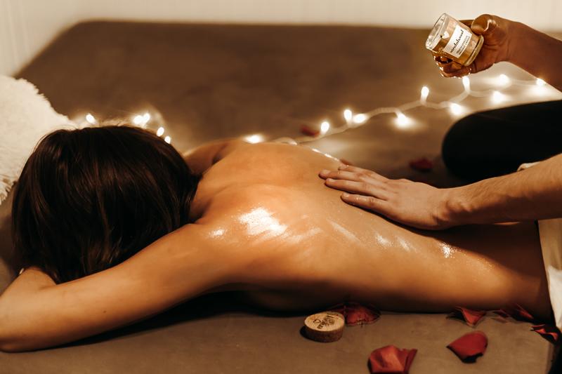 Erotická masáž:Staňte sa majstrom intímnej masáže