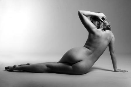Erotická poviedka: Milenka za zrkadlom