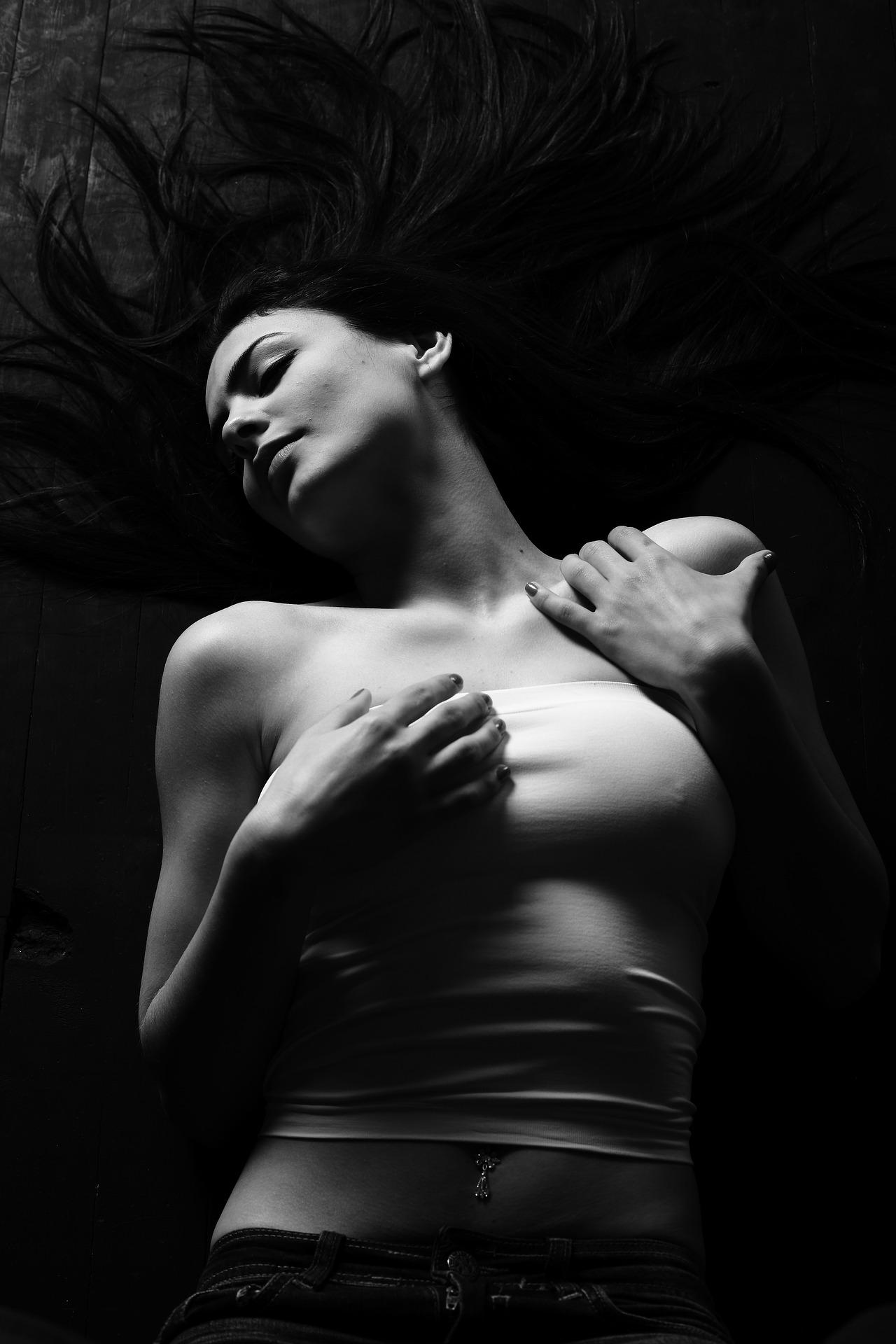 žena_parfém