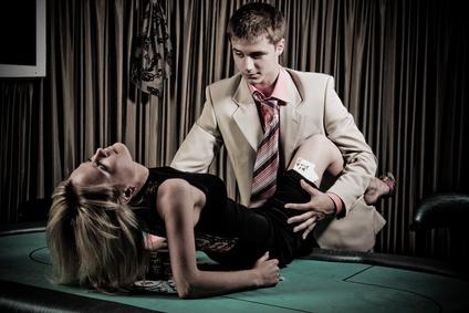 Erotická povídka: Makový zákusek pro bolavé srdce