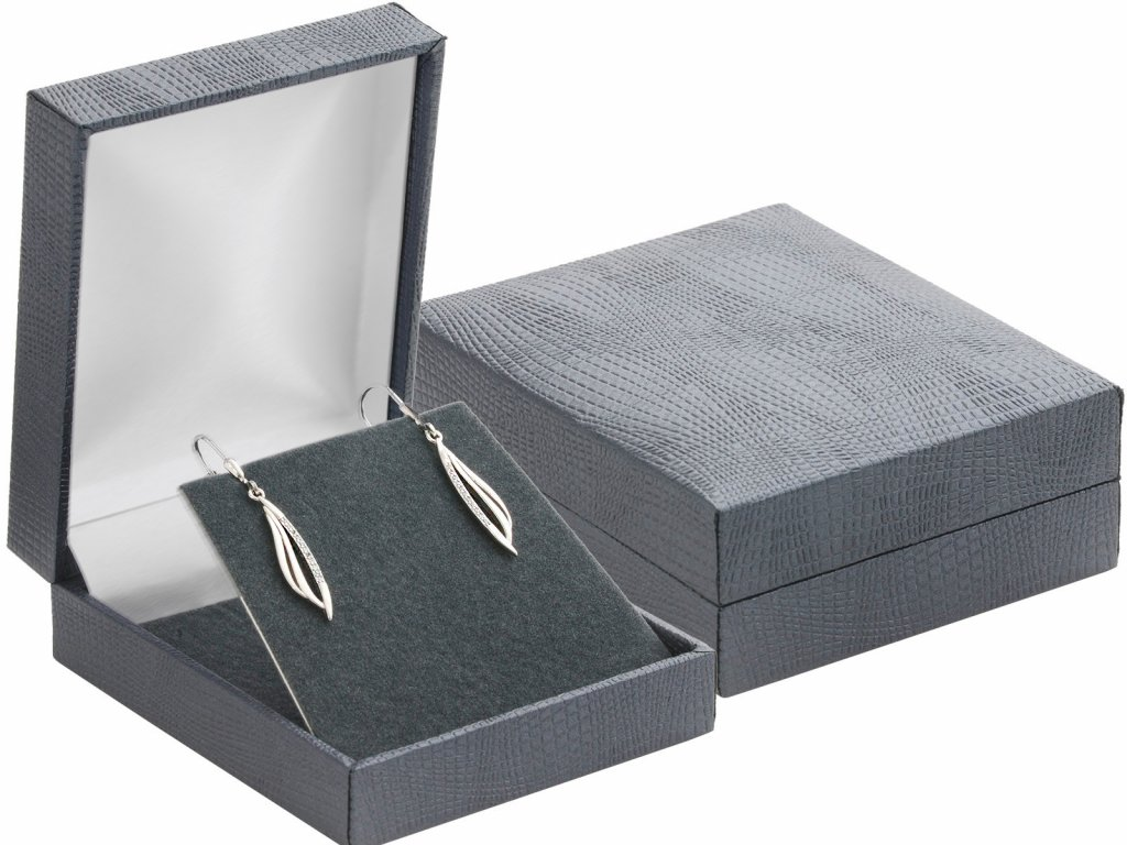 luxusni-kozenkova-cerna-krabicka-na-malou-sadu-sperku