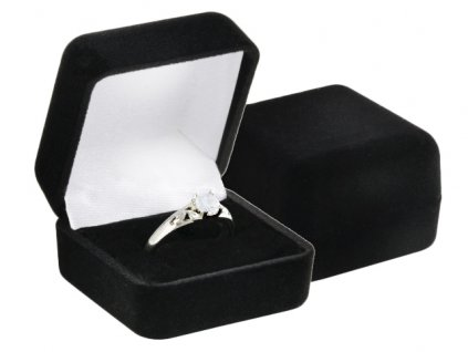 sametova-cerna-krabicka-elegance-na-prsten-nebo-nausnice-pecky