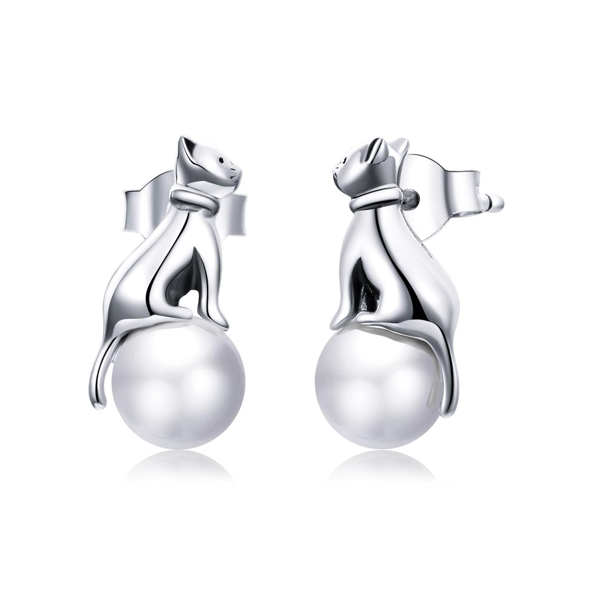 Levně Linda's Jewelry Stříbrné náušnice Kočičí Perla Ag 925/1000 IN236