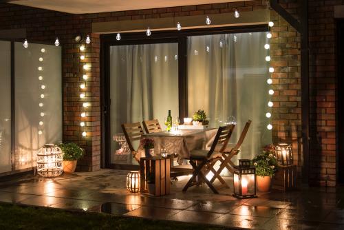 Jak si postavit romantickou zahradní terasu nebo balkonek