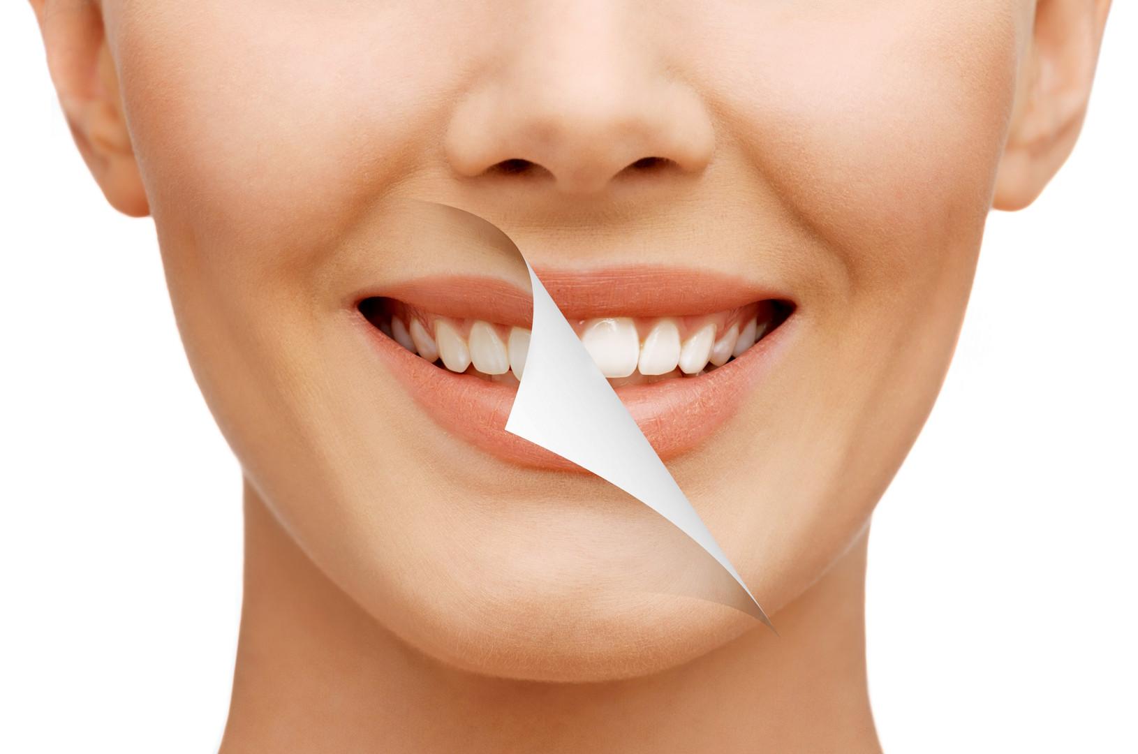 Jak jinak na zubní plak? Efektivně silou iontů.