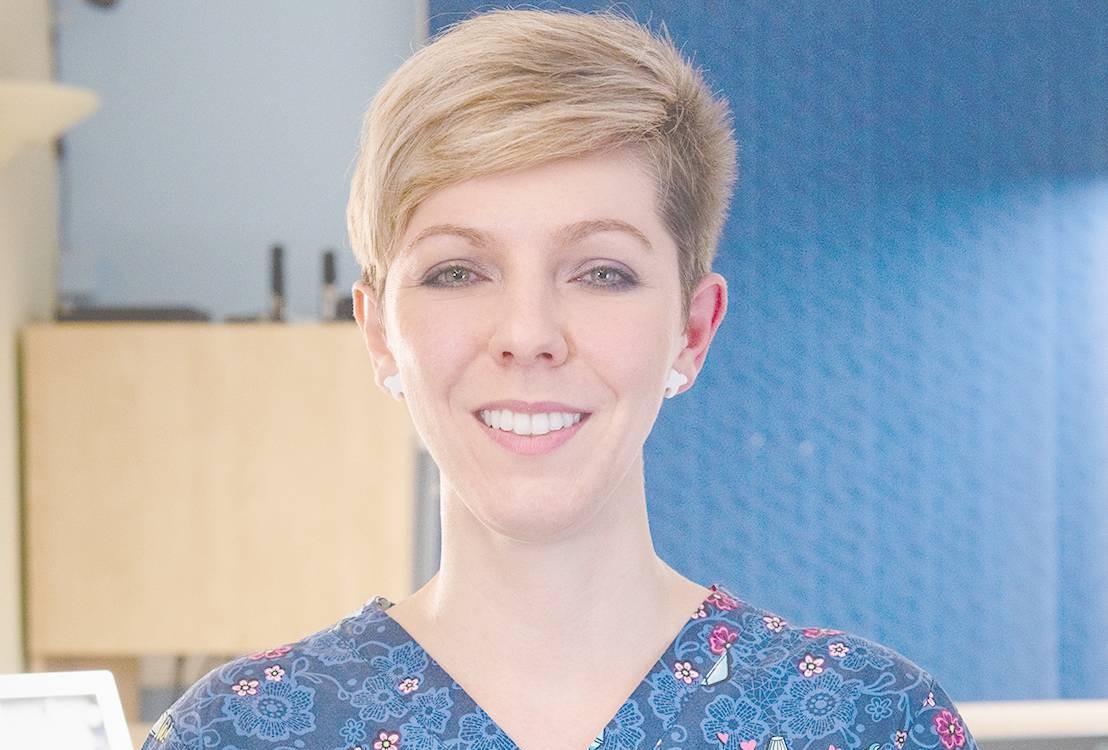 Parodontitída a kefky IONICKISS