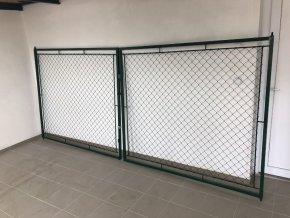 Brána dvoukřídlá 125 x 360 cm FAB zelená, rám 30 x 30 cm