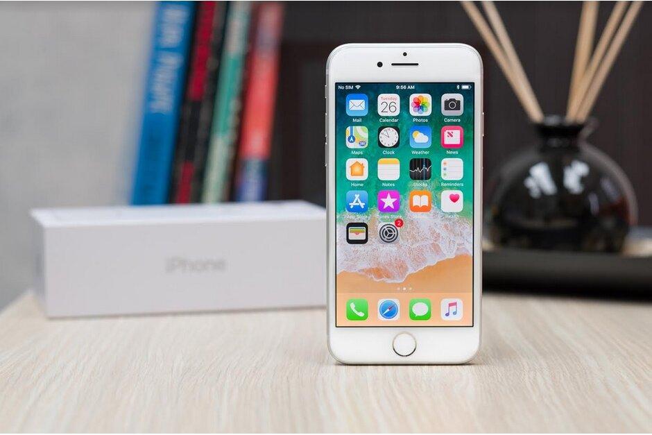 Nový iPhone SE zřejmě změní název a bude větší