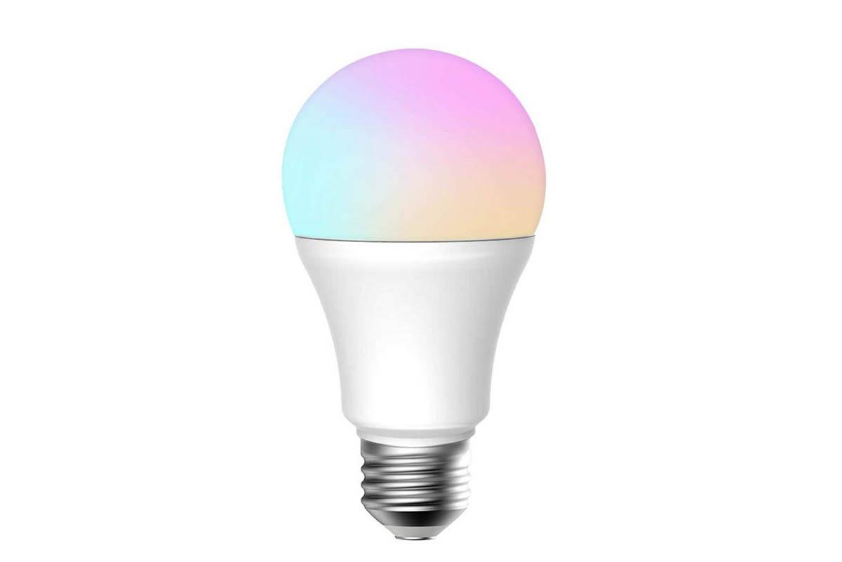 Barevná LED žárovka už dnes není drahá a zároveň ušetří další peníze