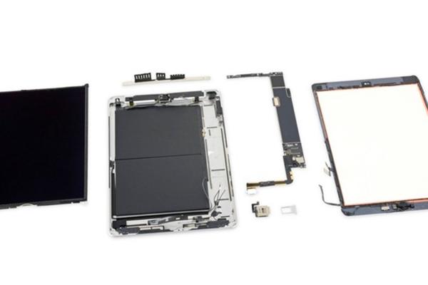 iPad 7. generace má 3GB operační paměť a baterii jako předchůdce
