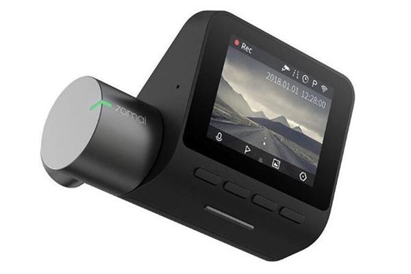 Nejlepší kamera do auta je nenápadná a natáčí video automaticky bez vašeho zásahu