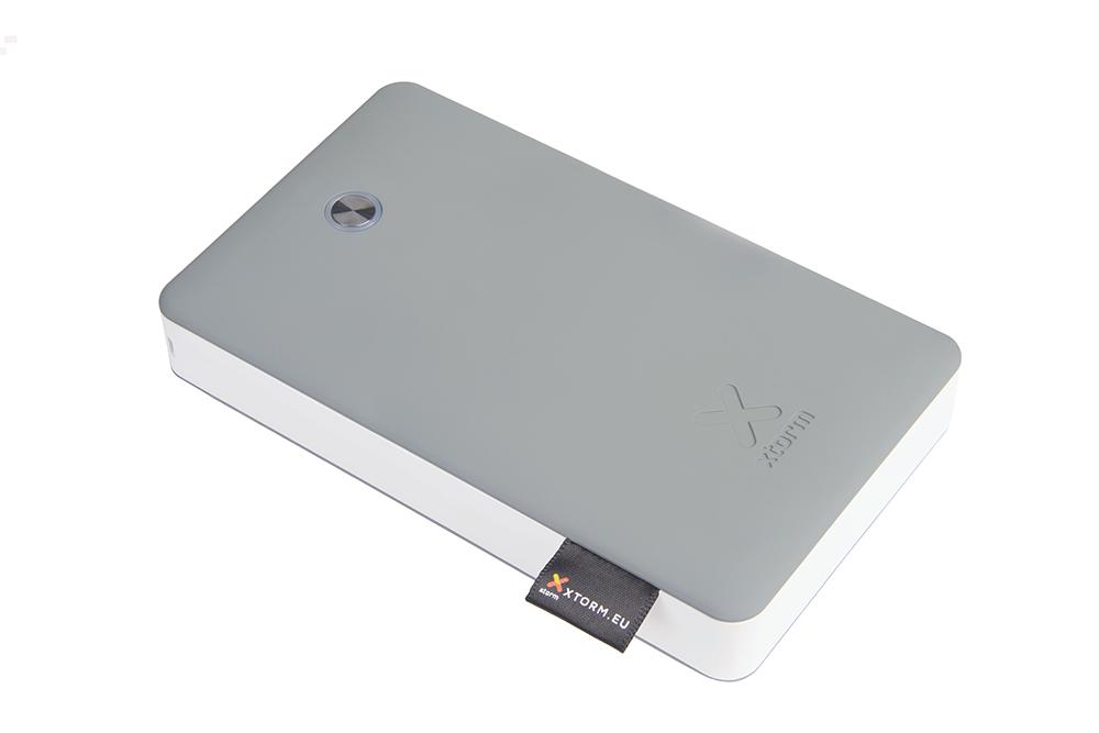 Externí baterie s kabelem Lightning pro iPhone a iPad - Xtorm, PowerBank Discover 17000mAh
