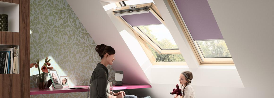 Různá provedení střešních oken ze dřeva i platu, tak aby si každý zákazník našel přesně to provedení, které bude vyhovovat jeho záměrům.