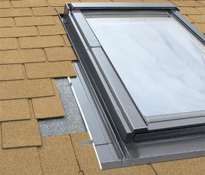 Lemování pro termoizolační výlez ploché krytiny FAKRO ESV rozměr: 55x78 cm