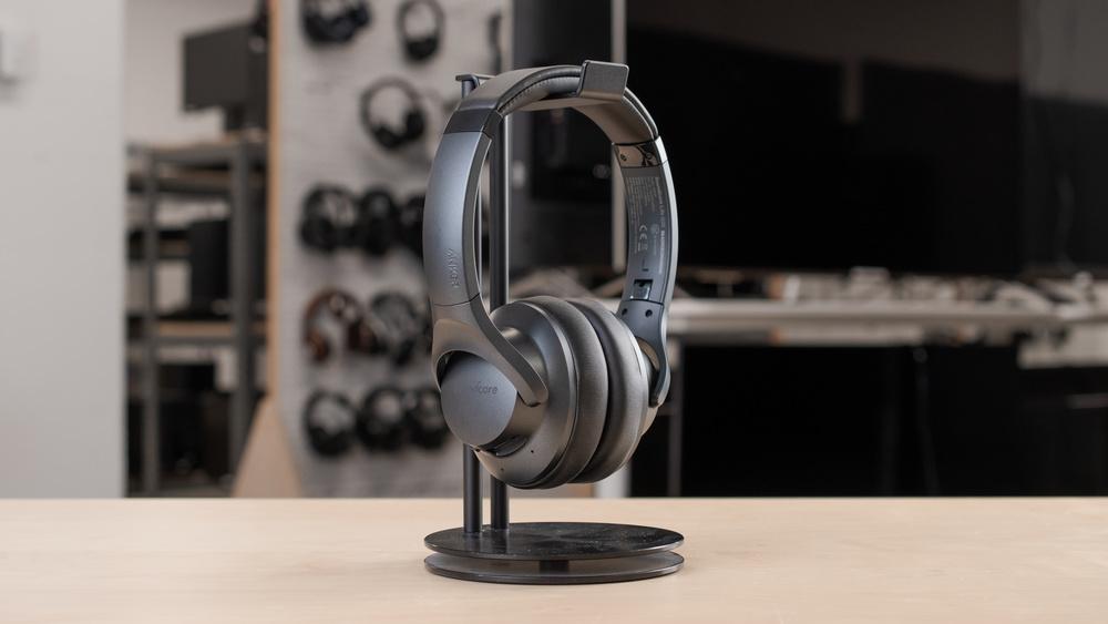 soundcore-life-q20-design-medium