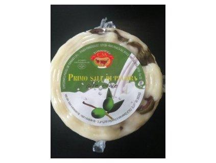 Ovčí sýr s olivami