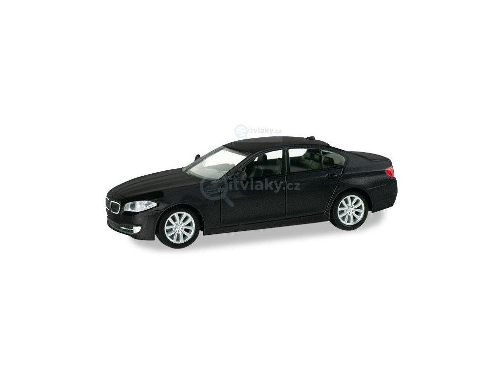 H0 - BMW 5er Limousine, černé / Herpa 034371