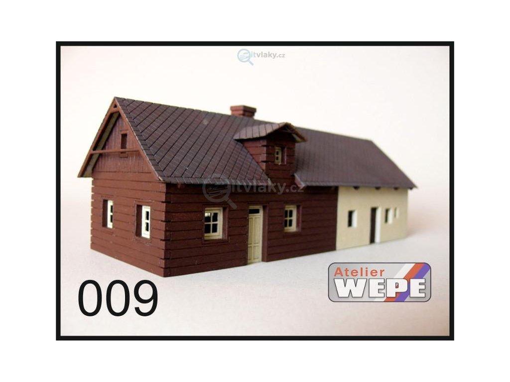 H0 - Historické stavení ,,Velká roubenka'' 009 / AWEPE model 10017