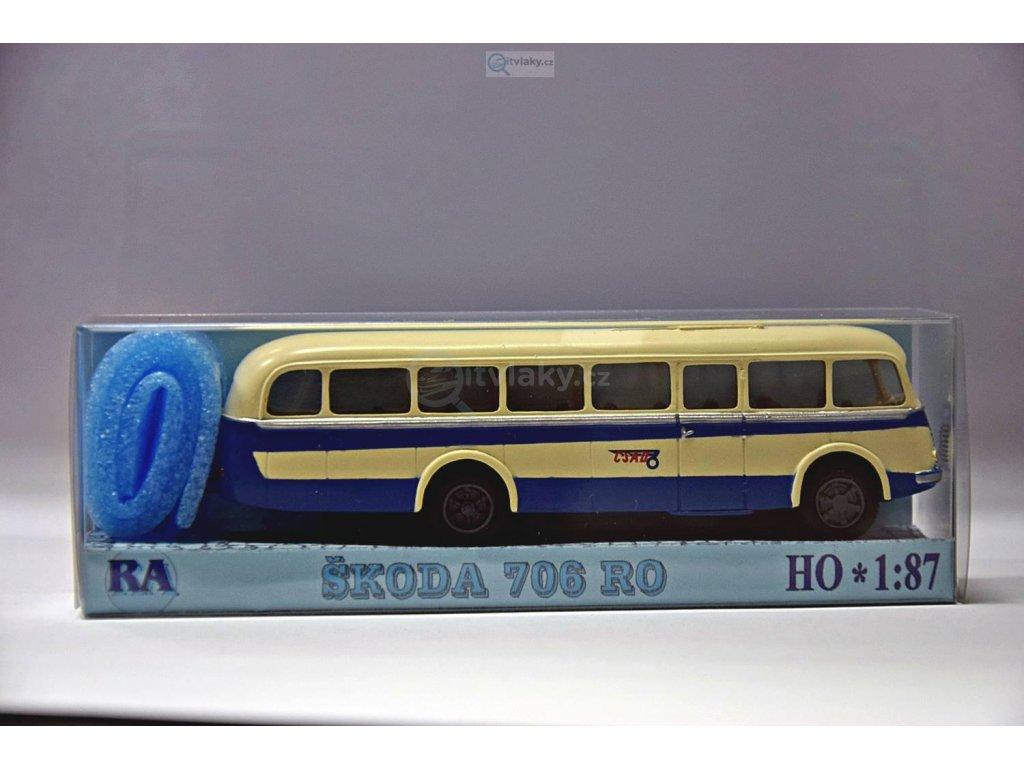 H0 - Škoda 706 RO bílý/modrý pruh / RA Došlý 103000