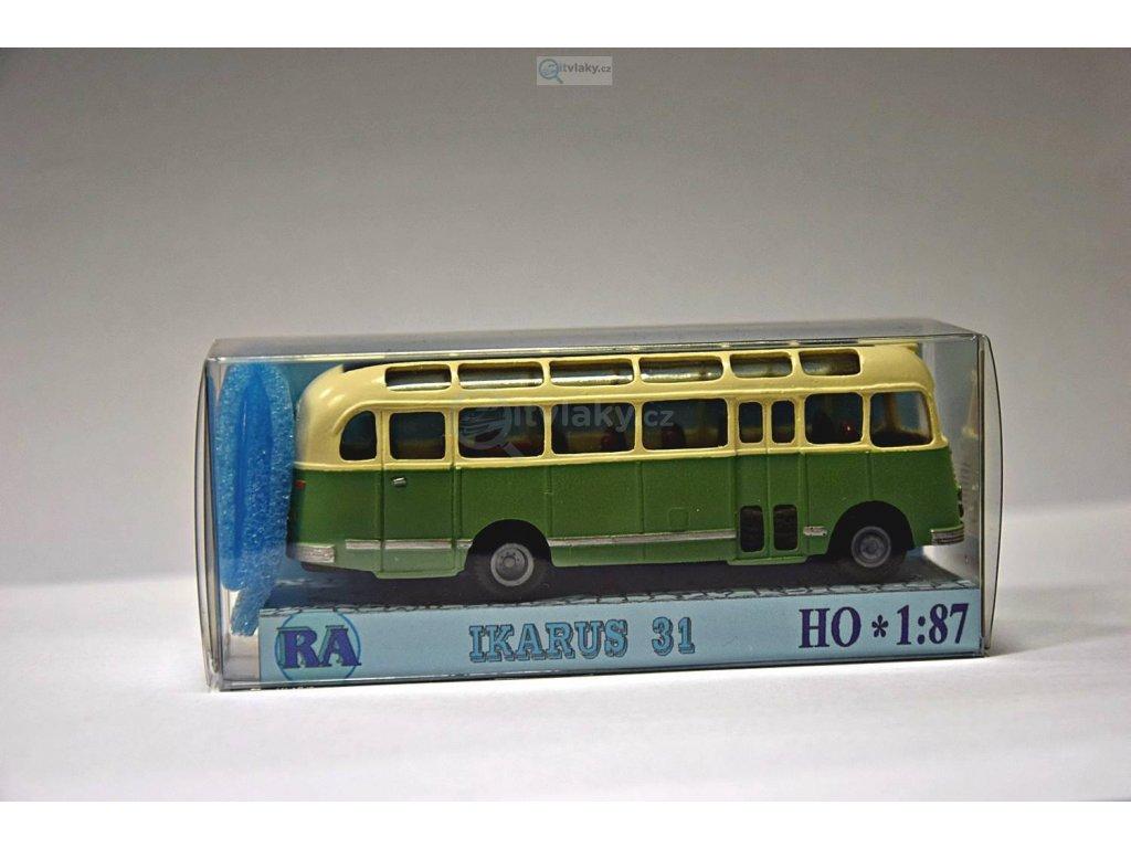 H0 - Ikarus 31, bílá/zelená / RA Došlý 104211