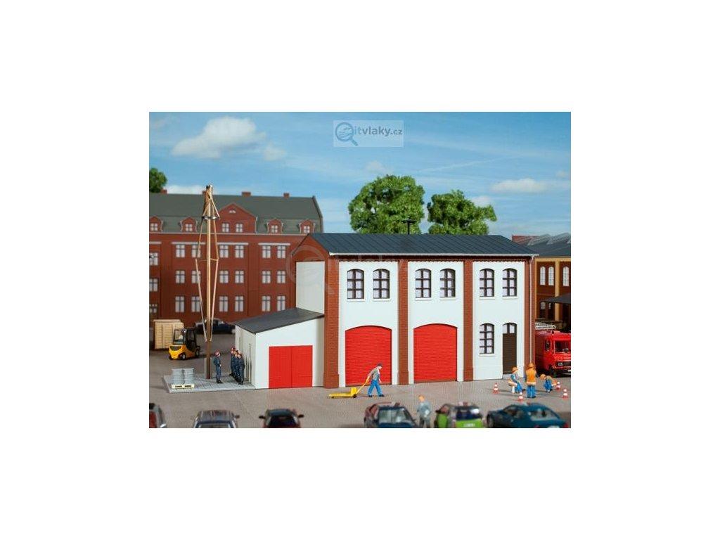 H0 - Podniková požární stanice / Auhagen 11426
