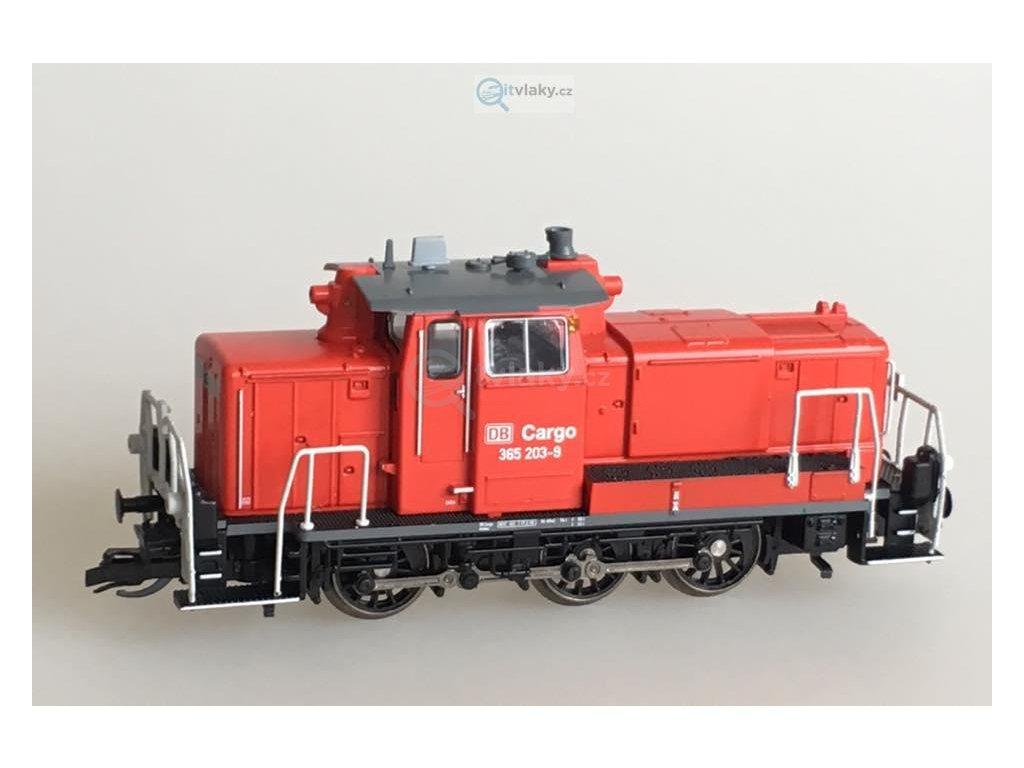 TT - dieselová lokomotiva 365 (ex. V60) červená / Kuehn 32600