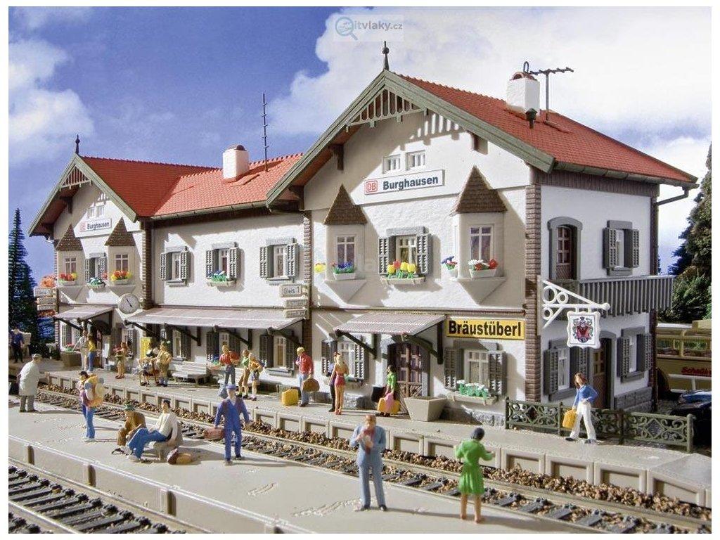 H0 - Nádraží Burghausen / Vollmer 43522