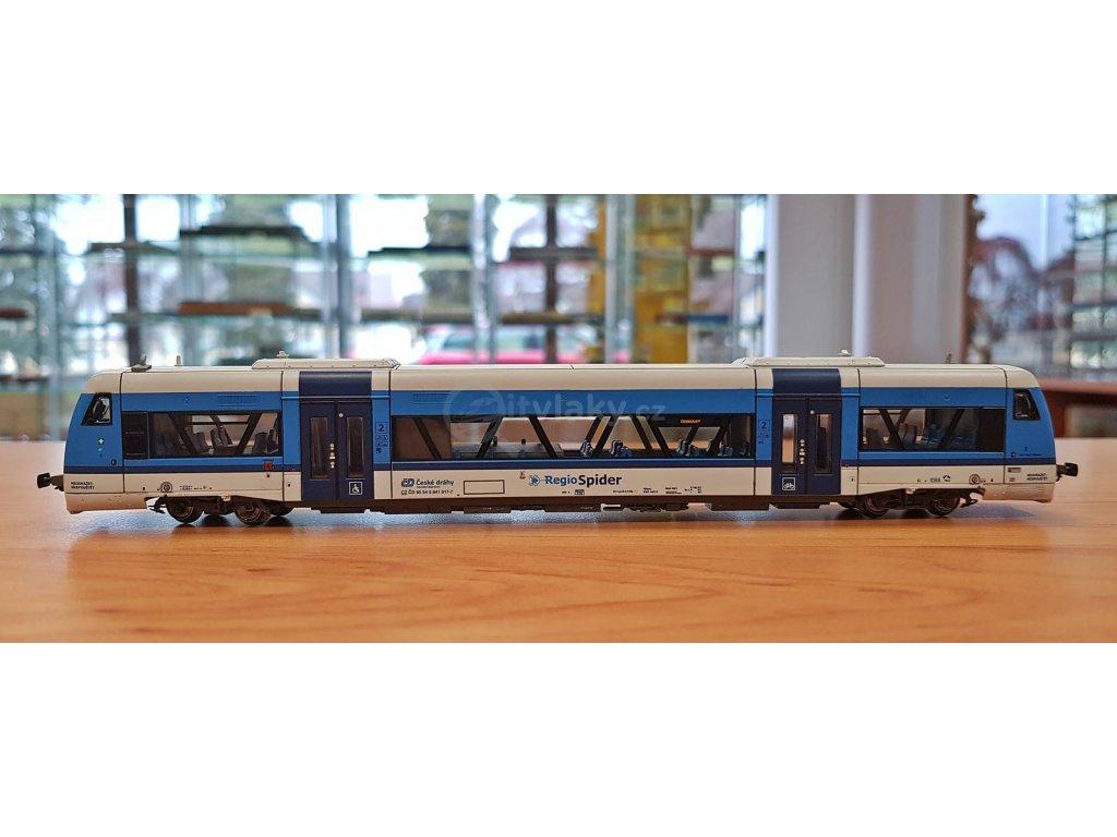 """TT - Dieselová jednotka řady 841 017 (RS1) """"RegioSpider"""", ČD / Kuehn 33554"""