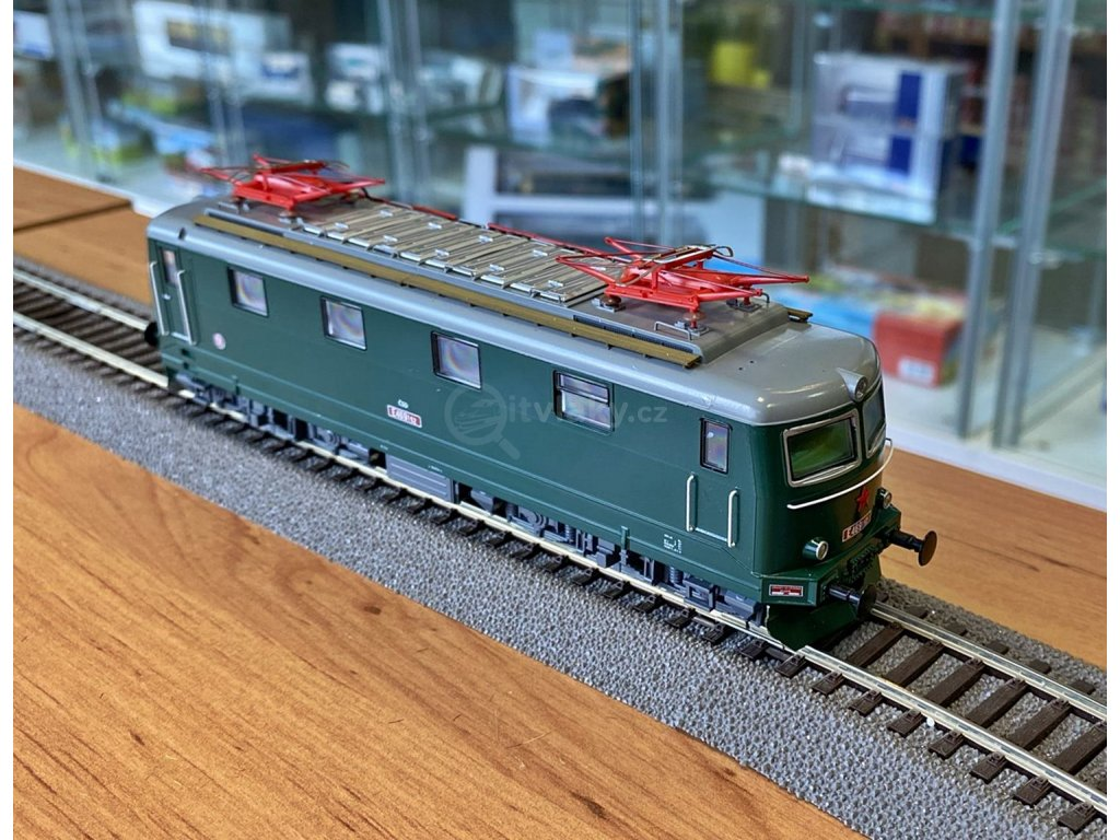 H0 - elektrická lokomotiva E469.152 ČSD / MTB E469152