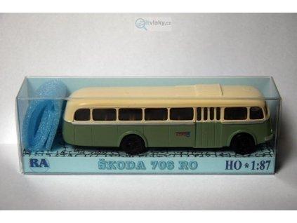 H0 - Škoda 706 RO zeleno/bílý / RA Došlý 103200