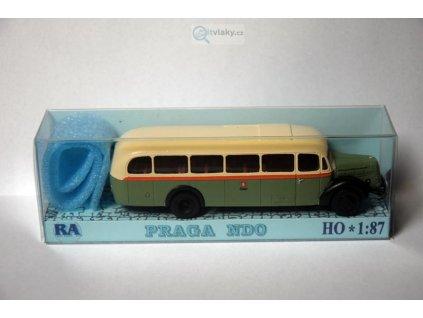 H0 - Praga NDO zeleno/bílá / RA Došlý 105100
