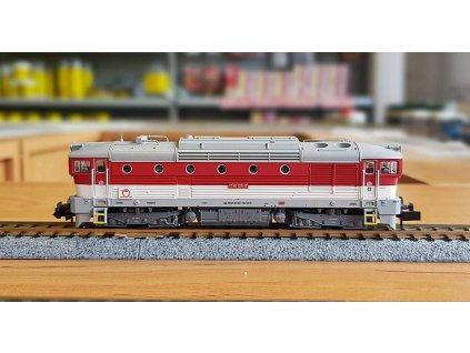 N - DCC - dieselová lokomotiva Brejlovec 750 ZSSK / TRIX 16736