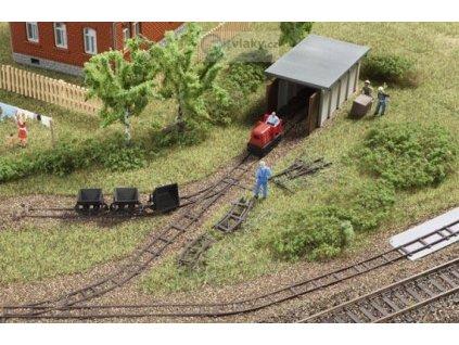 TT - Souprava atrap pro úzkokolejnou železnici s lok. depem / Auhagen 43700