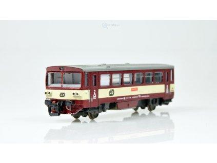 TT - DCC mot. vůz ř. 810 červený s krémovým pruhem, ČD