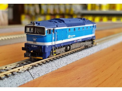 N - DCC/ZVUK dieselová lokomotiva 754 Brejlovec, ČD Najbrt / TRIX 16738