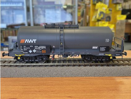 H0 - cisternový vůz Zaes CZ-AWT, tmavě šedá, ep. VI  / Albert Modell 788008