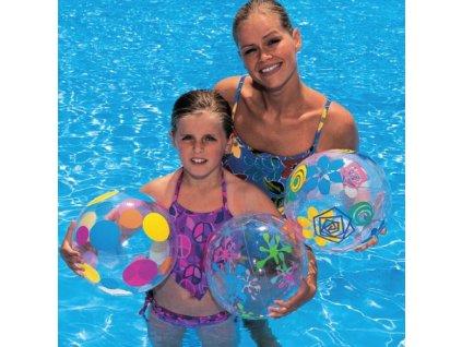 míče a balóny