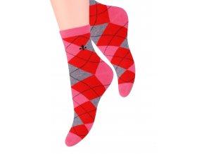 Dámské ponožky se vzorem velkých kostek Steven 099/300