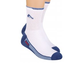 Chlapčenské klasické ponožky s nápisom Sport 060/2 Steven